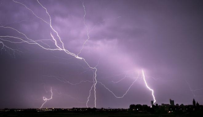 Cod galben în județul Constanța. Ploi, descărcări electrice și grindină - descarcari-1623322561.jpg