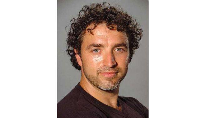 """Aurel Palade, noul director al Teatrului """"Căluţul de mare"""" - director-1611155302.jpg"""