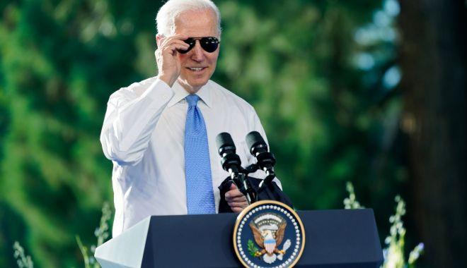 Ce cadouri i-a făcut Joe Biden lui Vladimir Putin - download-1623927473.jpg