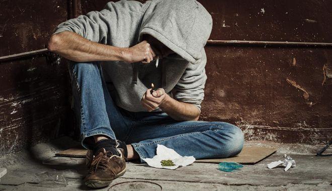 Veste bună: suntem codașii Europei la consumul de droguri - droguriconsum-1599585244.jpg