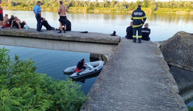 ALERTĂ LA MURFATLAR! Un bărbat a DISPĂRUT în Canalul Dunăre – Marea Neagră - e87da490f76e4dfe97f2023a8bfc8a0c-1626454550.jpg