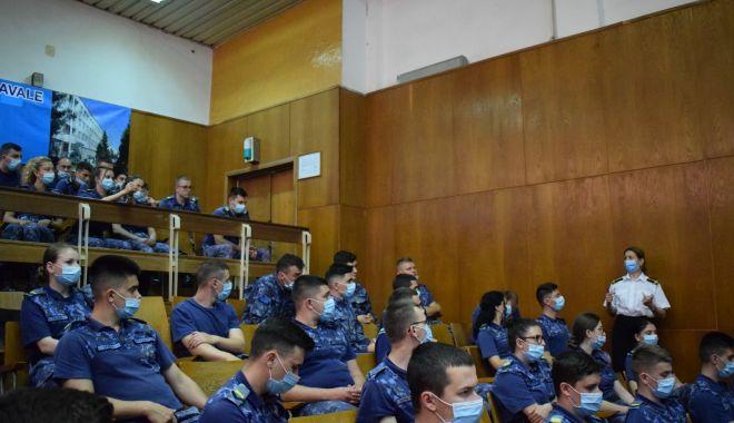 Elevii militari, despre importanța problematicii de gen în Armata României - eleviimilitari1-1623431712.jpg