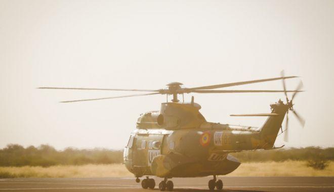"""Elicopter IAR- 330 avariat în Mali, transportat la Baza Militară """"Mihail Kogălniceanu"""" - elicopter2-1603988067.jpg"""