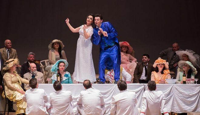 """""""Elixirul dragostei"""", la Teatrul """"Oleg Danovski"""" - elixirsursatnobd2-1622826599.jpg"""