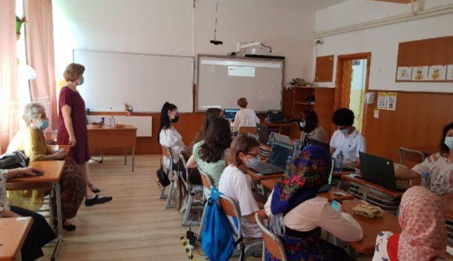 """La Școala """"George Enescu"""" din Năvodari, schimburi de experiență educațională și culturală - enescu-1626156995.jpg"""
