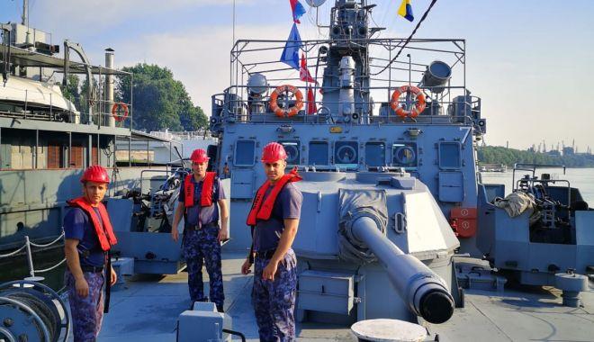 Exercițiu militar pe Dunăre, cu două monitoare și o vedetă blindată - exercitiumilitar2-1626626066.jpg
