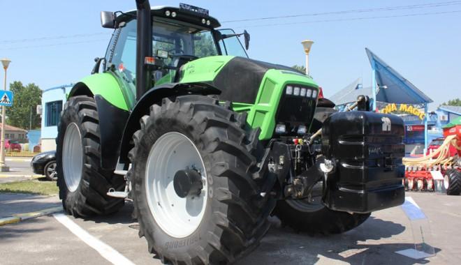 59 de firme la Expoagroutil 2012 -  cea mai mare expoziție din provincie dedicată agricultorilor - expoagroutil6-1339603395.jpg