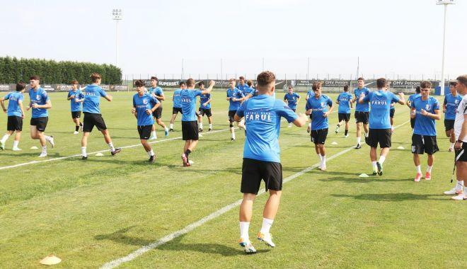 Fotbal / Juniorii de la FCV Farul Constanţa au revenit la antrenamente - f-1626864634.jpg