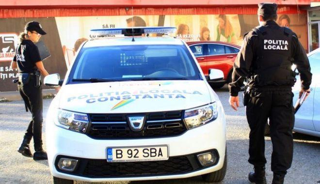 Femeie goală, pe străzile din Constanţa. Au intervenit poliţiştii locali - femeiegoala-1626359368.jpg