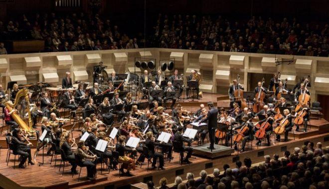 Filarmonica din Rotterdam urcă pe scena Festivalului Enescu împreună cu celebrul pianist Yefim Bronfman - filarmonica-1631460257.jpg