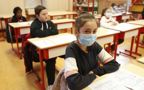 Când se închid școlile. Au fost modificate scenariile cursurilor în unitățile de învățământ - file20200728351kxbm4a-1615064687.jpg