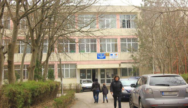 An nou, directori noi în şcolile din Constanţa. Profesorii contestă numirile făcute de inspectorat - fond-1610391342.jpg