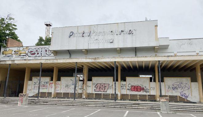 Teatrul de Vară din Mamaia, îngropat! Planurile de reabilitare, abandonate de Consiliul Judeţean Constanţa - fond-1622656005.jpg