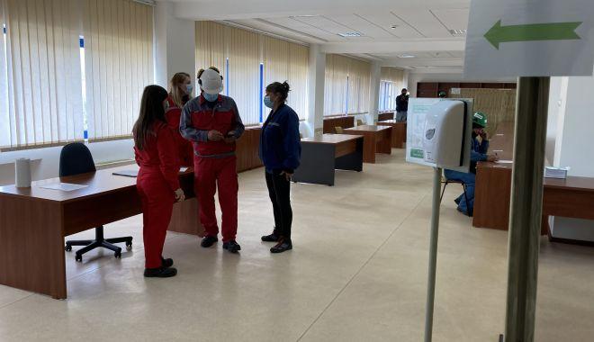 Centru de vaccinare la Şantierul Naval Constanţa. Se pot imuniza angajaţii şi familiile lor - fondcentrudevaccinare5-1620238235.jpg