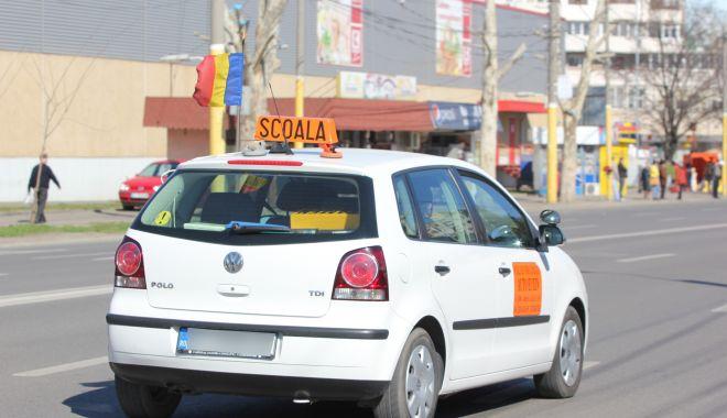 """""""Păcălelile"""" școlilor auto din Constanța, dejucate! Semnături false sau orele fictive de șofat, sancționate! - fondcontroalescoalaauto2-1604335043.jpg"""