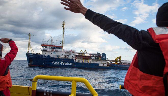 Criză umanitară teribilă pe mările și oceanele lumii. Sute de mii de navigatori, prizonieri la bordul navelor - fondcrizaumanitarateribilapemari-1612106602.jpg