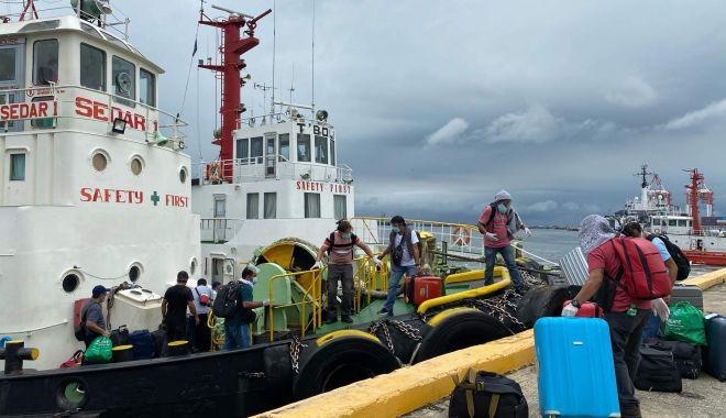 Criză umanitară teribilă pe mările și oceanele lumii. Sute de mii de navigatori, prizonieri la bordul navelor - fondcrizaumanitarateribilapemari-1612106626.jpg
