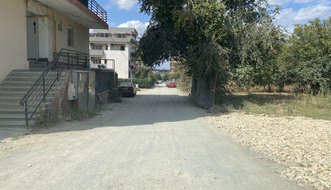 """Se asfaltează drumurile în cartierul """"Universitate""""? """"În sfârşit, intrăm în rândul lumii!"""" - fonddrumuriasfaltate5print2-1630951653.jpg"""