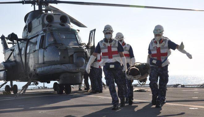 """Scenariu militar complex în largul Mării Negre: elicopter Puma prăbușit pe fregata """"Regina Maria"""" - fondelicopterpuma3-1626880079.jpg"""