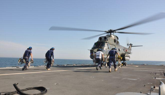 """Scenariu militar complex în largul Mării Negre: elicopter Puma prăbușit pe fregata """"Regina Maria"""" - fondelicopterpuma4-1626880088.jpg"""