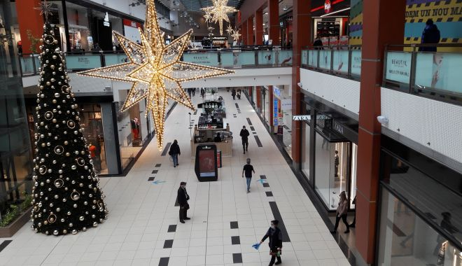 """Mall-urile pun lacătul pe uşă în weekend. """"Închiderea asta ar putea însemna falimentul!"""" - fondmall1-1605895490.jpg"""