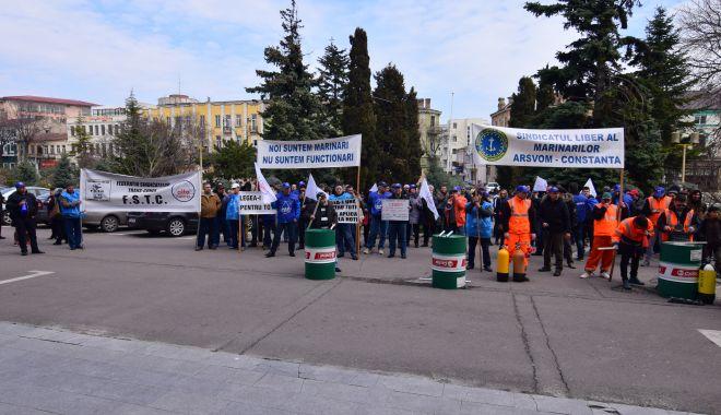 Mișcarea sindicală a declanșat războiul național și internațional pentru salvarea ARSVOM! - fondmiscareasindicalaadeclansatr-1626625335.jpg
