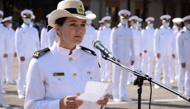 """O nouă promoţie de absolvenţi la Academia Navală. """"Am fost o generaţie norocoasă!"""" - fondonouapromotie3-1627581633.jpg"""