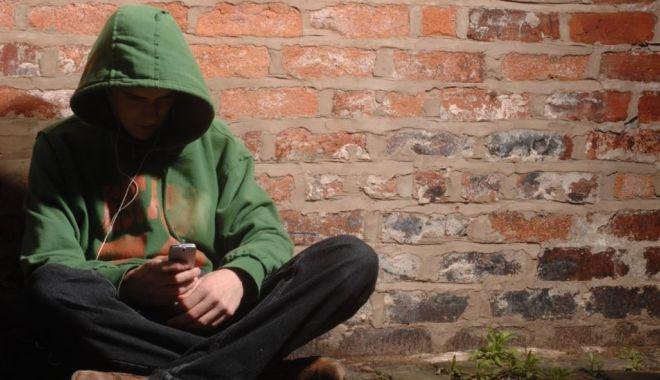 """Piața drogurilor, după înfruntarea cu COVID-19. Cocaina, la mare căutare în """"viața de acasă"""" - fondpiatadedroguri1-1623348365.jpg"""