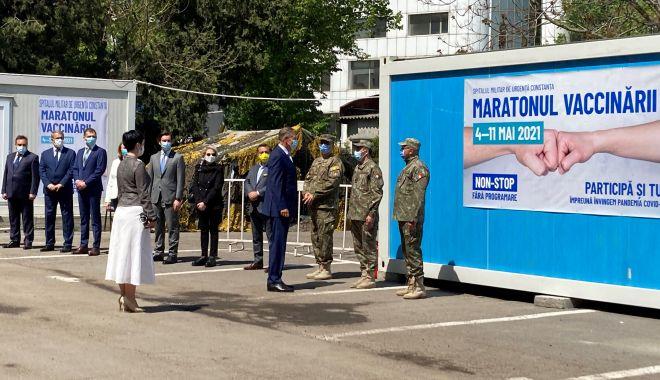"""Preşedintele Iohannis, apel la vaccinare, de la malul mării: """"Nu trebuie să lăsăm garda jos!"""" - fondpresedinteleprint1-1620324041.jpg"""