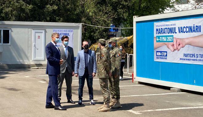 """Preşedintele Iohannis, apel la vaccinare, de la malul mării: """"Nu trebuie să lăsăm garda jos!"""" - fondpresedinteleprint2-1620324063.jpg"""