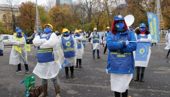 Înghețarea salariilor și pensiilor scoate sindicatele în stradă - fondprintinghetareasalariilorsip-1610563622.jpg