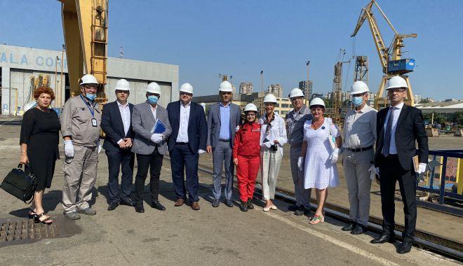 """Ministrul Raluca Turcan, în vizită la SNC. """"Pregătim un set de măsuri pentru rezolvarea problemei forţei de muncă!"""" - fondralucaturcan6-1627388309.jpg"""