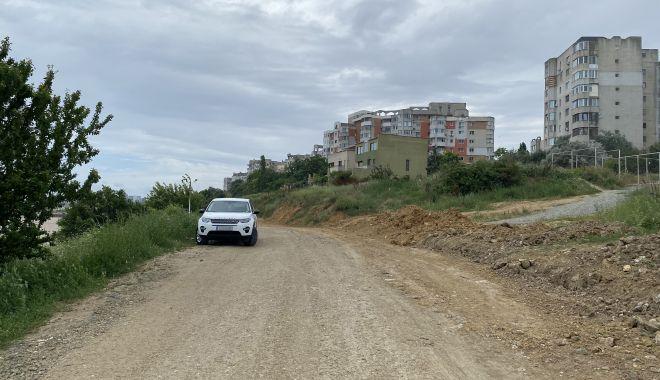 """Revoltă în Faleză Nord. """"Ne-au închis drumul de acces spre plajă, suntem sabotați!"""" - fondrevoltaplata5-1625509362.jpg"""