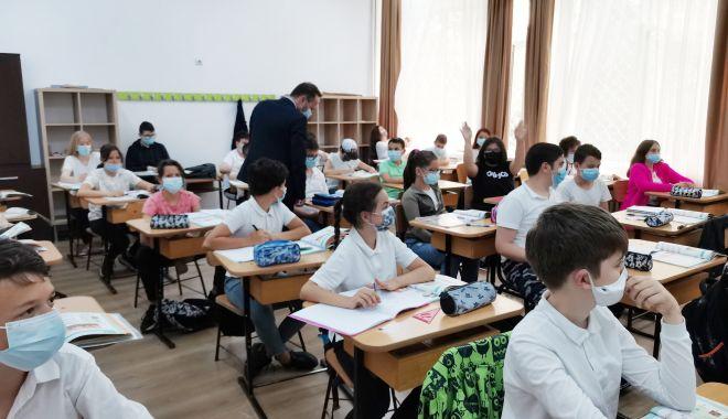 Ce l-a determinat pe secretarul de stat Radu Gheorghe Szekely să viziteze Școala gimnazială nr. 38 - fondscoala38-1622040869.jpg