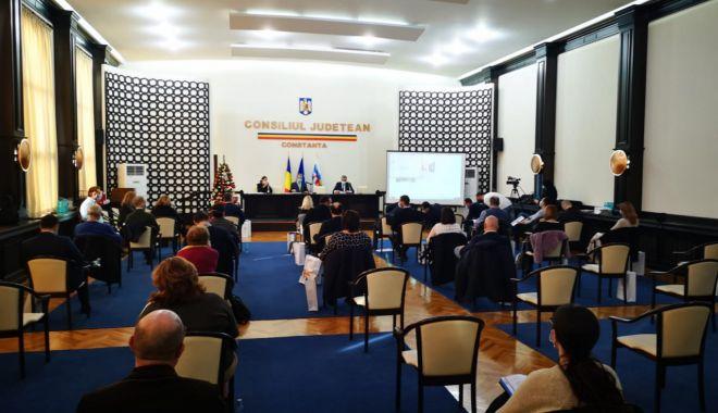S-a sunat adunarea! Consilierii locali, convocați în şedinţă ordinară - fondsedintaaconsiliu-1614019627.jpg