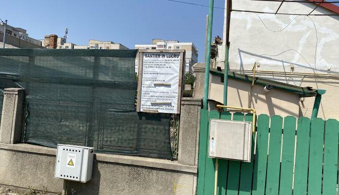 """Tensiuni între vecini în cartierul Coiciu. """"Se construiește la limita legii și nimeni nu face nimic!"""" - fondtensiuni-1627928145.jpg"""