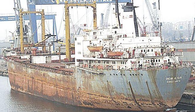 După ce ați prăpădit flota națională, după ce distrugeți Radionav, ARSVOM și ANR, veți desființa și Marea Neagră? - fondvetidesfiintasimareaneagrafl-1626374981.jpg