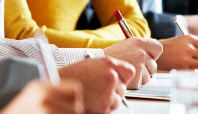 Peste o sută de programe de formare profesională vor începe în luna martie - formare-1614063647.jpg