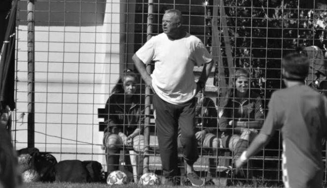 Doliu în fotbalul românesc. A murit antrenorul Ion Bărbăcioru - fotbaldeces1604-1618580031.jpg