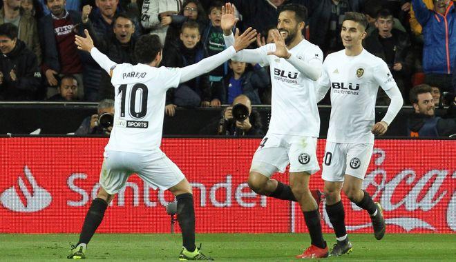 Foto: Real Madrid pierde la Valencia. Barca rămâne pe prima poziție