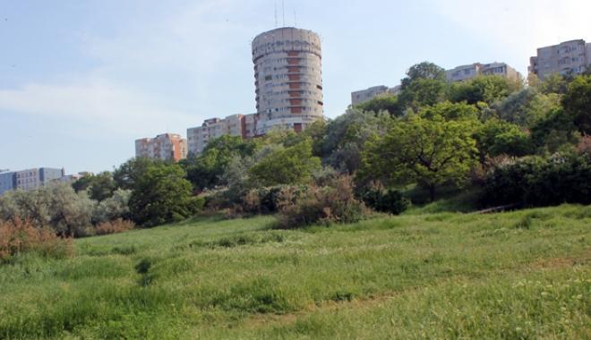 Fără blocuri turn pe falezele din Peninsulă! - fotofondfarablocuri-1482857218.jpg