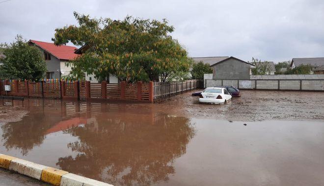 """Viituri, inundaţii şi drumuri închise, la Constanţa. """"A fost prăpăd!"""" - fotofondviituri3-1603726404.jpg"""