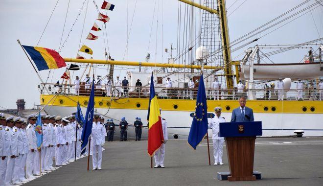 """Foto: """"Forțele Navale Române acționează pentru ca mările și oceanele să fie mai sigure!"""""""
