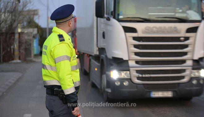 Marfă adusă din Turcia, CONFISCATĂ de polițiștii de frontieră la Vama Veche - frontiera4-1623063256.jpg