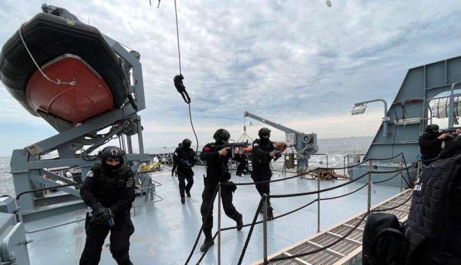 Exercițiu de anvergură al Poliției de Frontieră în Marea Neagră - gardaexercitiu4-1623260399.jpg