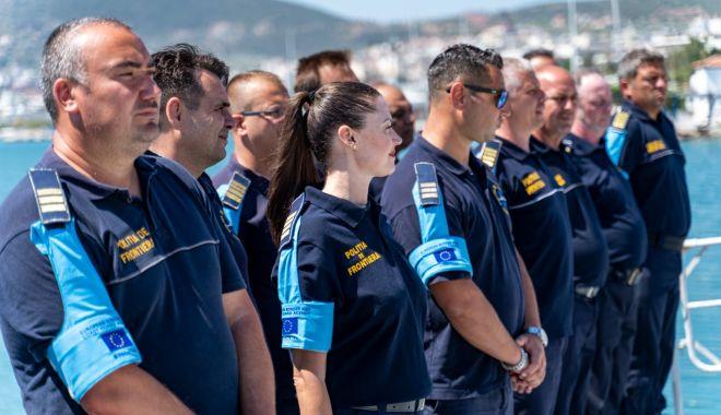 Vizită importantă la bordul navei Gărzii de Coastă, aflată în misiune în Grecia - gardavizita3sursapolitiadefronti-1595873030.jpg