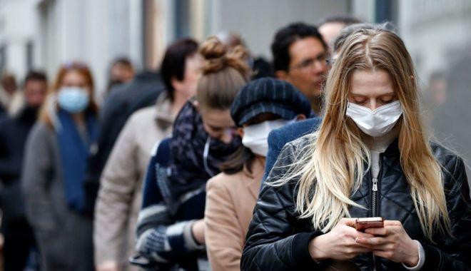 Alexandru Rafila: Oamenii trebuie să resimtă ei nevoia de a purta masca în spațiile publice - httpscdncnncomcnnnextdamassets20-1602939098.jpg