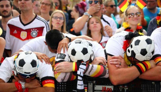 Foto: Campionatul de fotbal al Germaniei ar putea fi reluat pe 9 mai, cu porțile închise