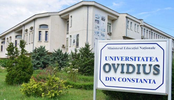 """Foto: Premieră la Universitatea """"Ovidius"""". Începe admiterea la colegiu"""