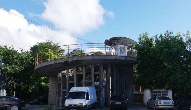 Încep lucrările de reparații la pasarela pietonală de la Poarta 2 a portului Constanța - inceplucrariledereparatiilapasar-1624470478.jpg